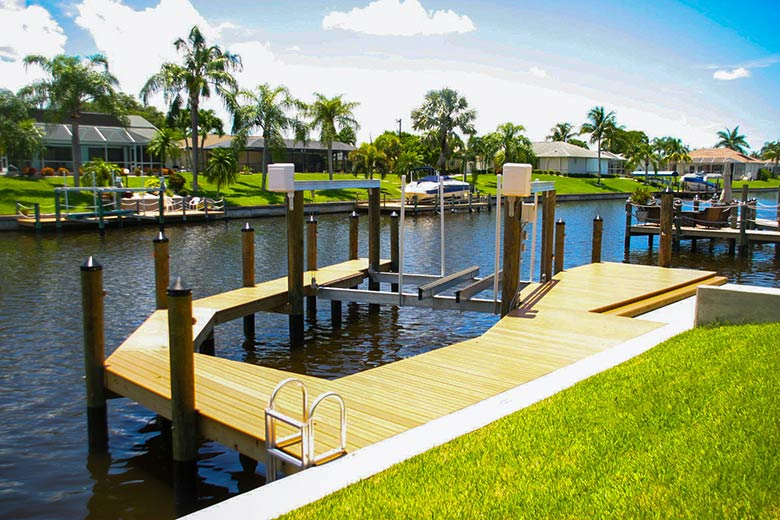 Cape-Coral-Wrap-Around-Dock-1.jpg