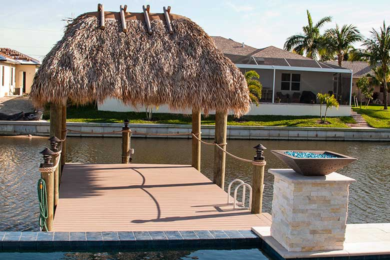 Cape-Coral-Tiki-Hut-Builder-1.jpg