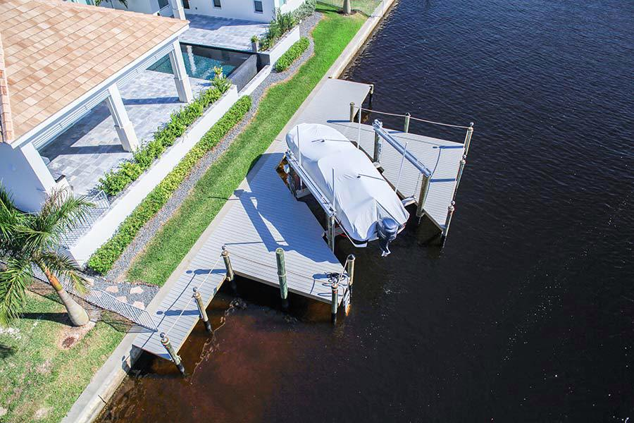 10-1-Wrap-Around-Dock,-16k-LB-Boat-Lift
